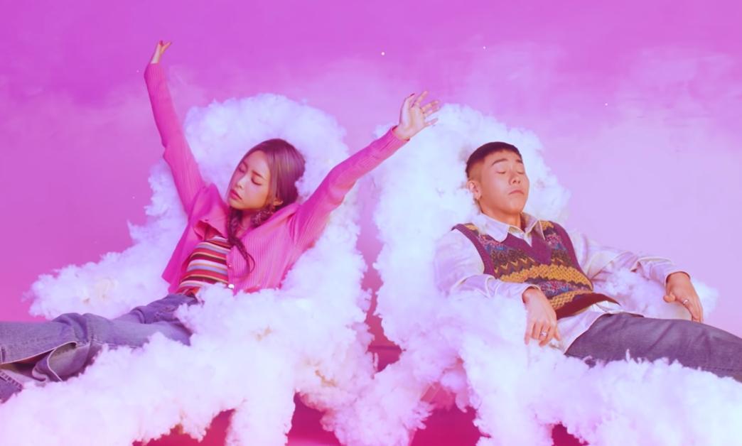 "Loco Feat. Heize ""잠이 들어야"" MV"