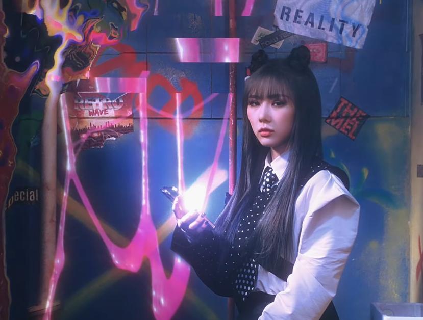 "Dreamcatcher ""Odd Eye"" Music Video"